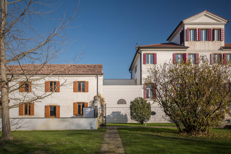 Villa_exteriors